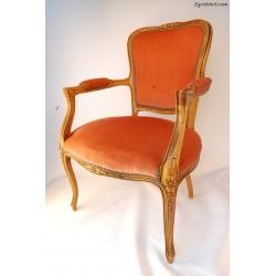 Krzesło z podłokietnikami tapicerowane