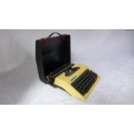 Walizkowa maszyna do pisania
