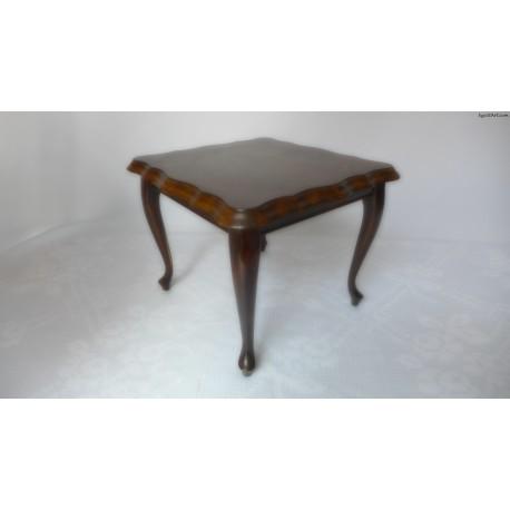 Stolik-stojak w stylu ludwikowskim mały