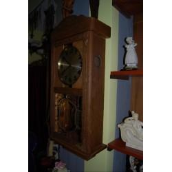 Zegar skrzynkowy firmy Junghans