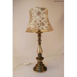 Mosiężna lampa z kwiecistym abażurem