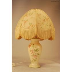 Lampka stołowa z kwiatami