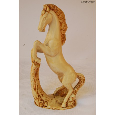 Koń z biskwitu