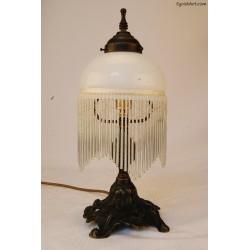 Mała lampka z wisiorkami