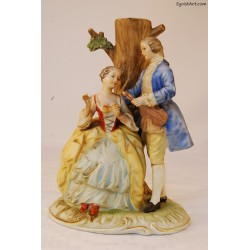 Para kochanków pod drzewem