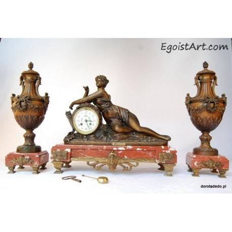 Francuski zegar kominkowy- Marzycielka