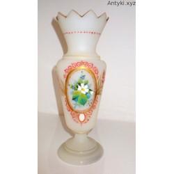 Biały wazon - secesja