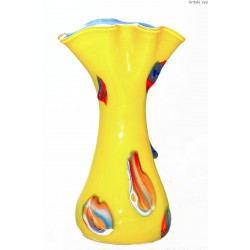 Żółty, duży wazon