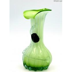 Wazonik kalia zielony ręcznie formowany