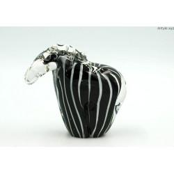 Szklany tapir figurka grube szkło