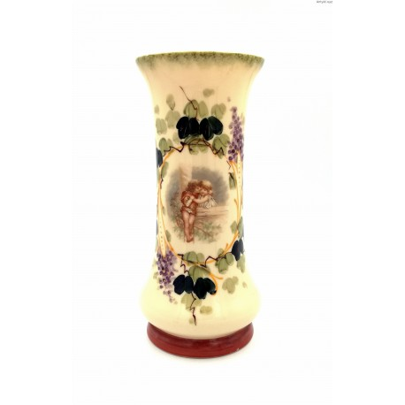 Wazon w kolorze ecru ręcznie malowany z przełomu XIX/XX w.