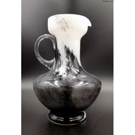Opaline Florence czarno biały dzban wazon