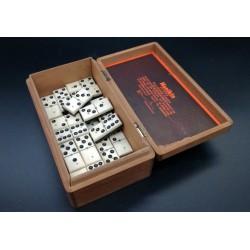 Warcaby stare w pudełku po cygarach