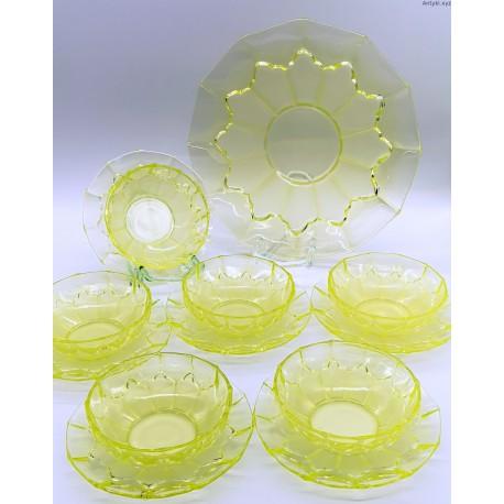 Uranowy komplet stołowy 13 szt