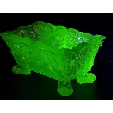 Uranowy pojemnik na przyprawy