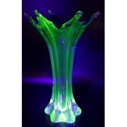 Murano wazon ze szkła uranowego