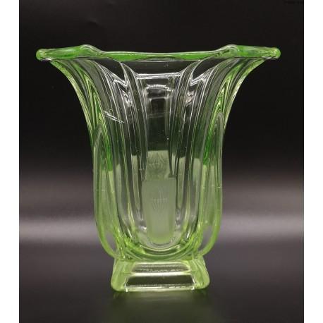 Uranowy wazon art deco