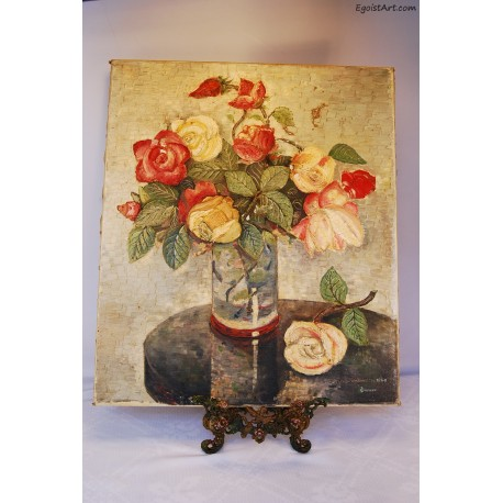 Bukiet róż w szklanym wazonie