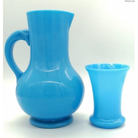 Błękitny dzban szklanica komplet szkło opalowe