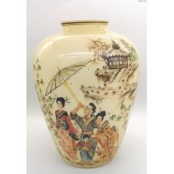 Wazon ręcznie malowany motywy w stylu japońskim