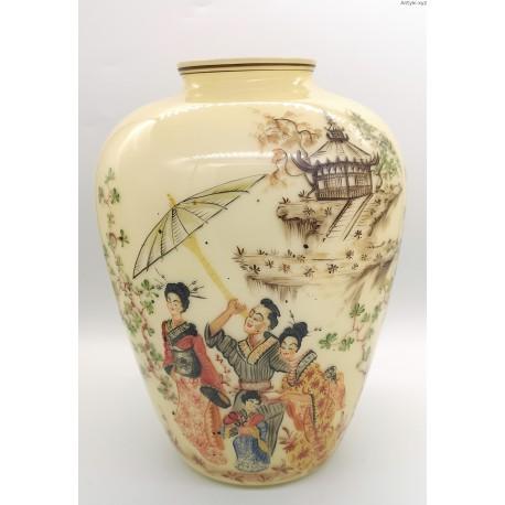 Wazon ręcznie malowany motywy w stylu japońskiem